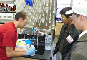 Undergraduates tour the Chemistry Building