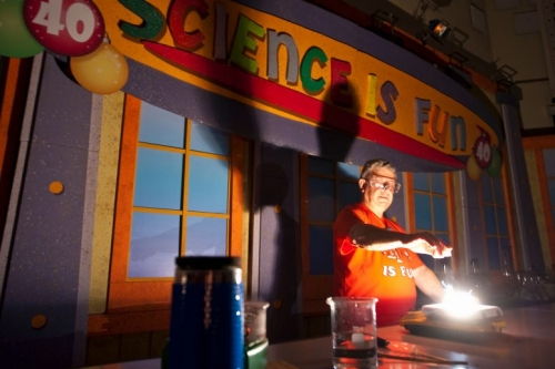 Professor Bassam Shakhashiri does a science demo during his annual chemistry show